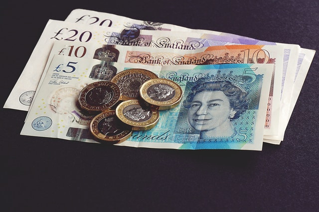 british banknotes and coins